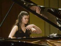 Молодая азербайджанская пианистка покорила немецких зрителей