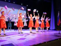 «Гимназия №1583» имени Керима Керимова организовала фестиваль «Соприкосновение культур. Россия и Азербайджан»