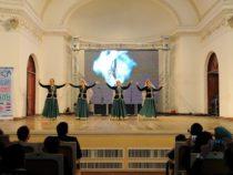 Международный фестиваль национальных танцев и музыки прошел в Баку