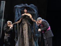Театралы Азербайджана смогут бесплатно посмотреть спектакль Московского театра сатиры