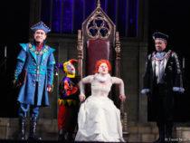 В Баку прошёл спектакль «Последняя страсть королевы»