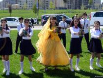 «День чтения» в парке Центра Гейдара Алиева стал большим праздником для любителей книг