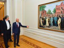 В картинах известных художников история Азербайджанской Демократической Республики