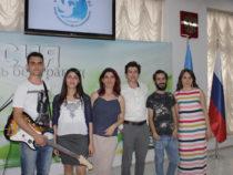 Из России в Азербайджан: молодежь читает стихи