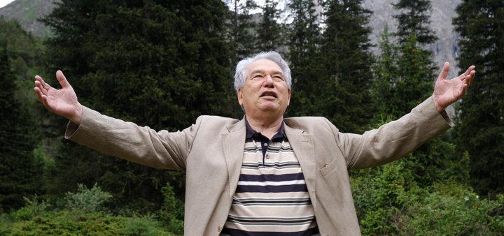 МИД России запустил флешмоб к 90-летию со дня рождения Чингиза Айтматова