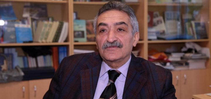 Рафиг Новрузов: Обмен идеями, диалог мыслей могут позволить решить проблему с детской литературой и их переводами на русский и азербайджанский языки