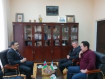 В Нукусском государственном педагогическом институте Узбекистана будет создан «Азербайджанский очаг»