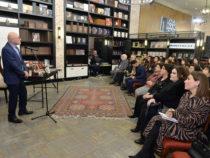 Всемирный день театра в Бакинском книжном центре
