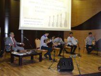 Центр мугамa реализует научно-исследовательский проект «Dəyirmi masa»