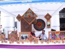 В центре Баку созданы квартал гончарного дела, деревня ковроткачества, поселок медников