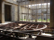 Почему не функционирует Государственный азербайджанский театр в Дербенте?
