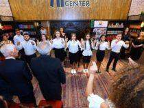 Произведения азербайджанских поэтов были представлены на жестовом языке