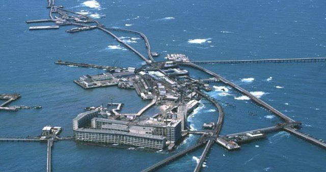 Азербайджан отмечает 70-летие «Нефтяных камней»