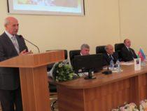 К 80-летию известного ученого-текстолога Камандара Шарифова прошло мероприятие