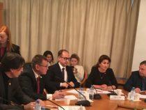 Мехрибан Садыгова: Надеемся, что государственные органы России обратят внимание на проблему преподавания азербайджанского языка