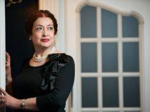 Интервью с азербайджанской писательницей на страницах британского журнала