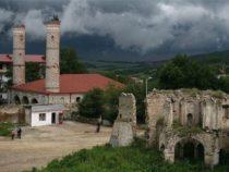 Война с памятниками. Азербайджан обвиняет Армению в преступлении против мусульманского мира