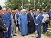 Главы религиозных конфессий Азербайджана посетили мечети Саатлы и Ашагы Говхар ага в Шуше