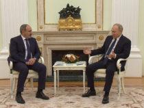 Пашинян ведет с Москвой двойную игру